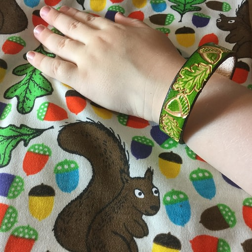Acorns and oak leaves on handmade green leather bangle 2