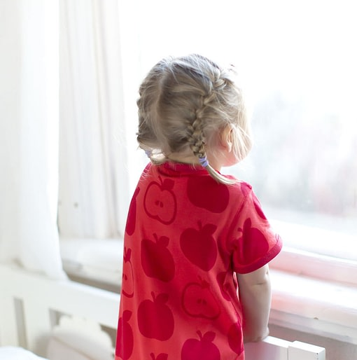 Maxomorra organic cotton summer short sleeve pyjamas in red apples print (Age 2-4) 3