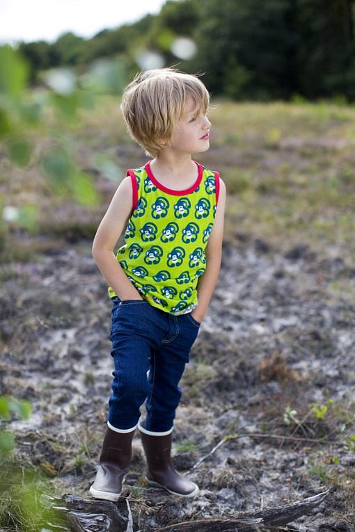Organic cotton vest by Maxomorra